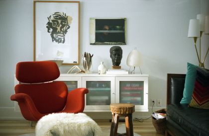 Pomarańczowy designerski fotel