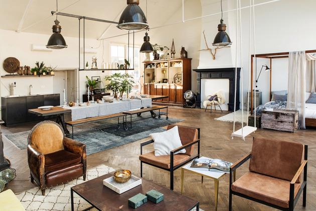 Eklektyczne otwarte wnętrze połączenie salony z jadalnią i sypialnią