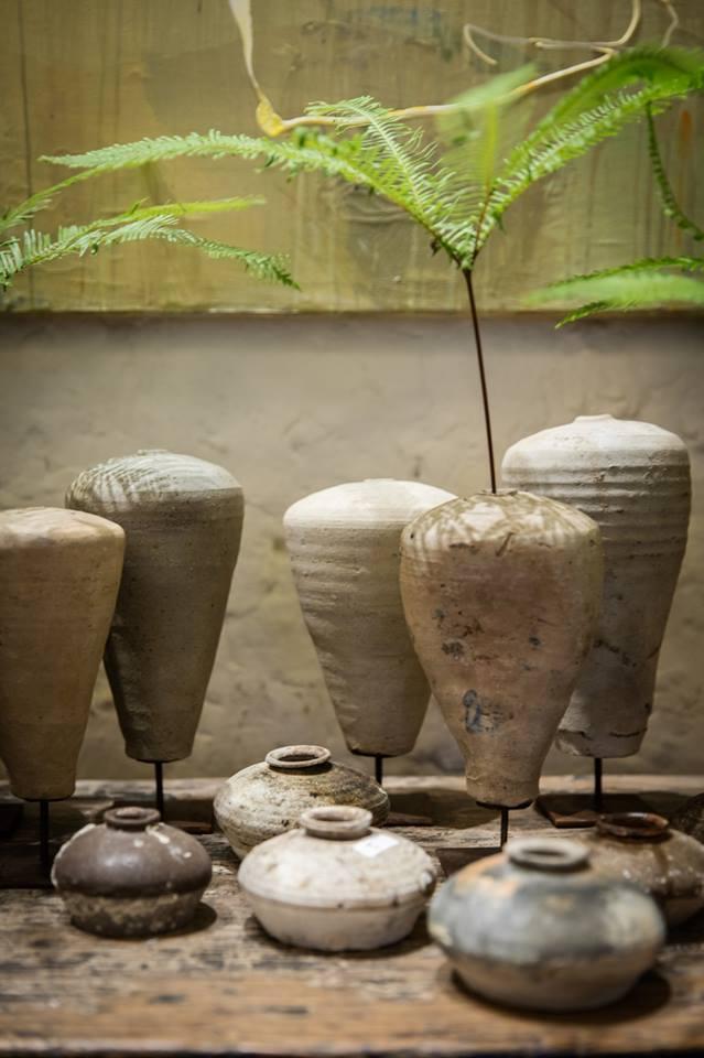 Etniczne azjatyckie figurki dekoracyjne