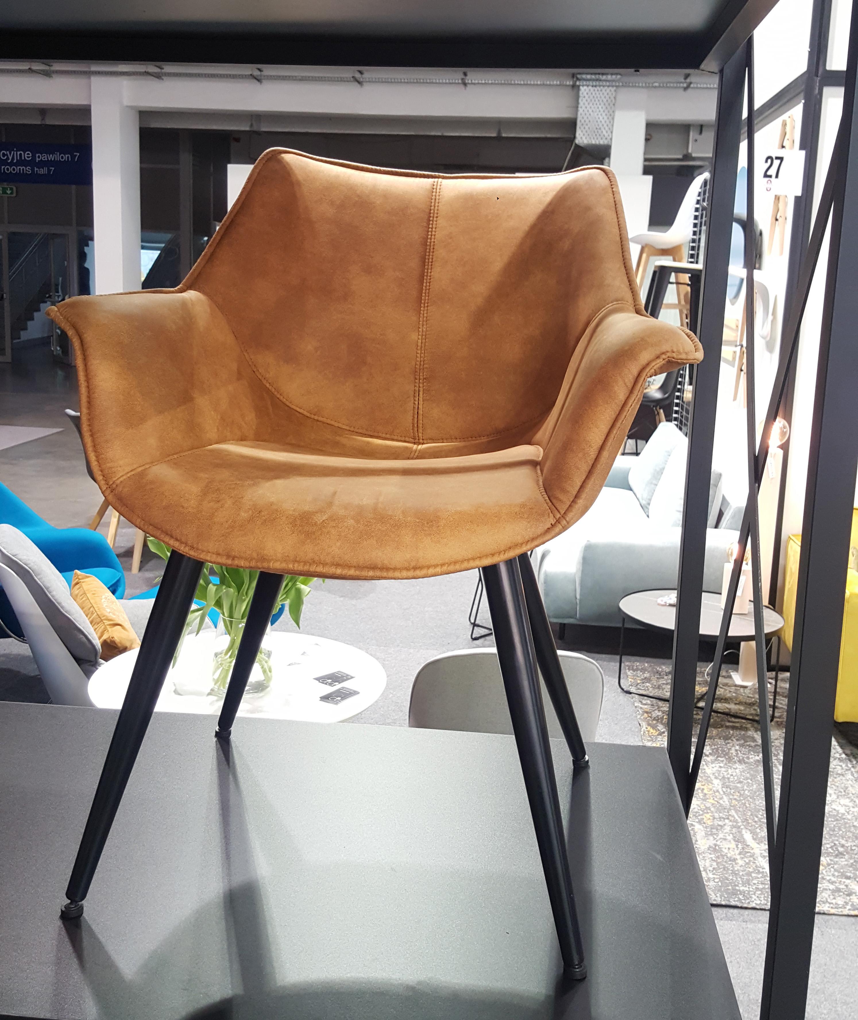 Krzesło ze skóry kamelowe
