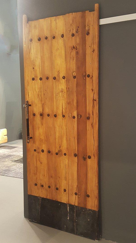 Drzwi rustykalno-industrialne