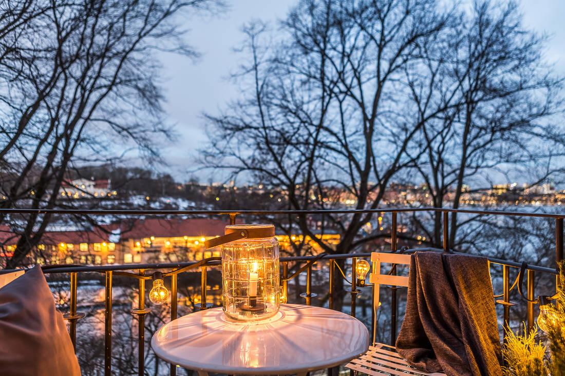 Oświetlenie na balkon