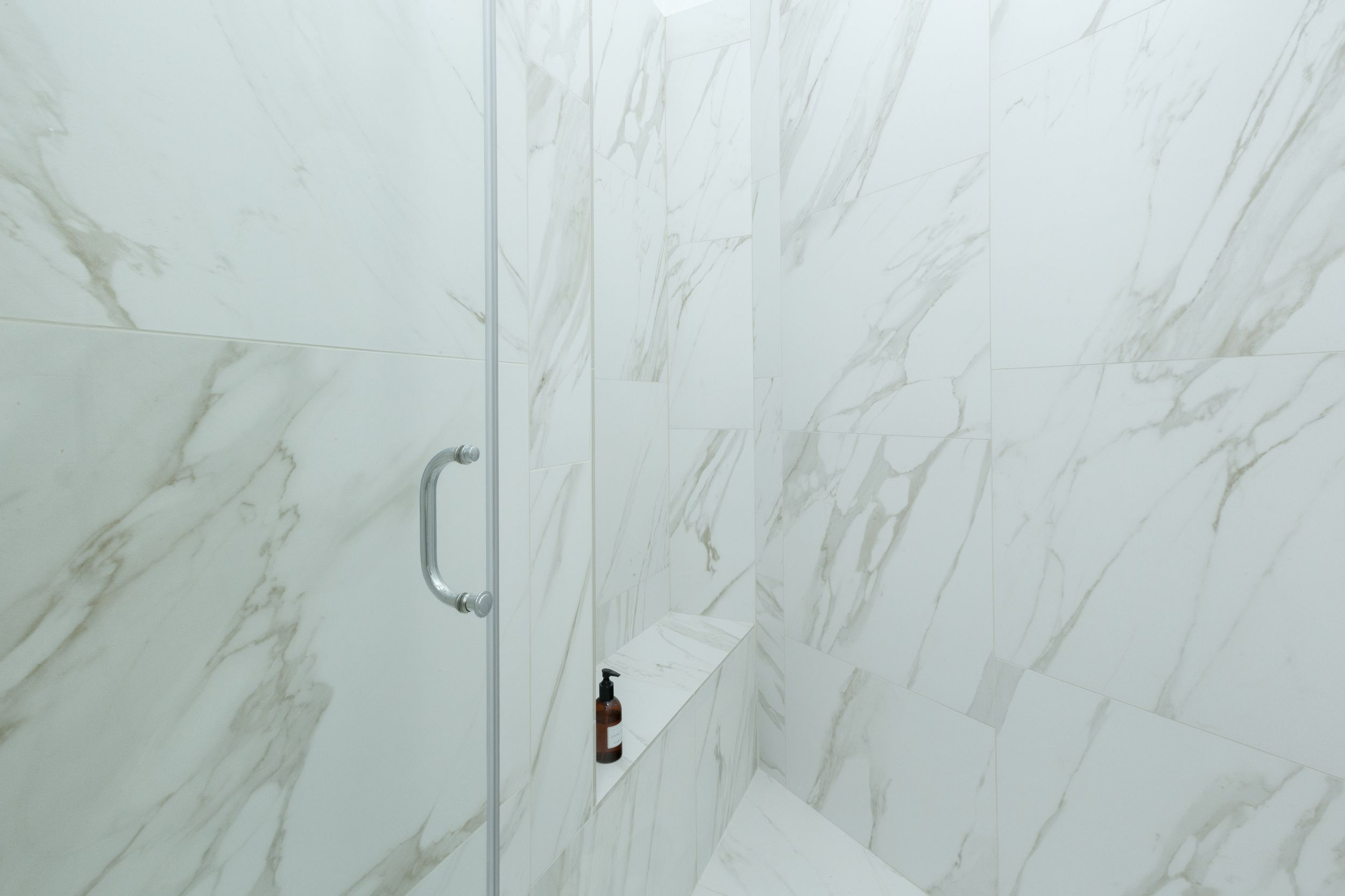 Łazienka z marmurem