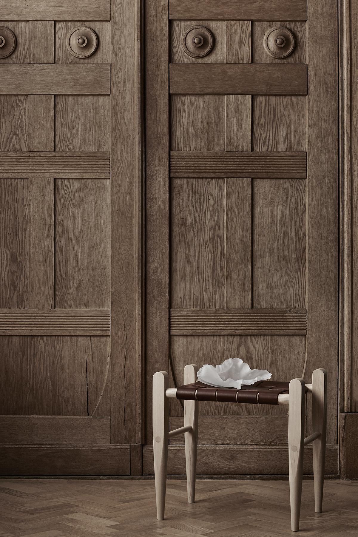 Drzwi rzeźbione drewniane