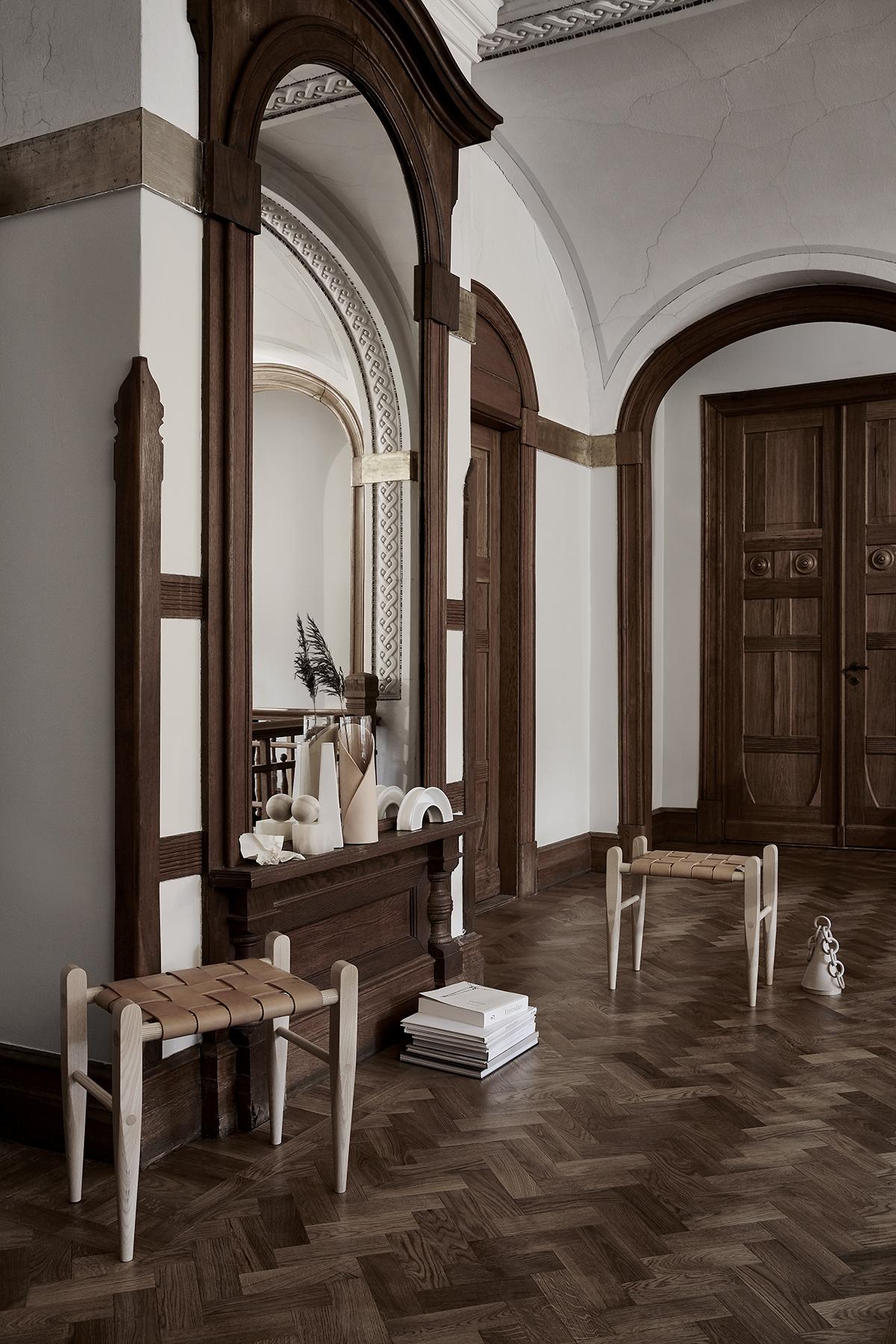 Piękny Dom W Stylu Francuskim Sztukaterie ścienne I
