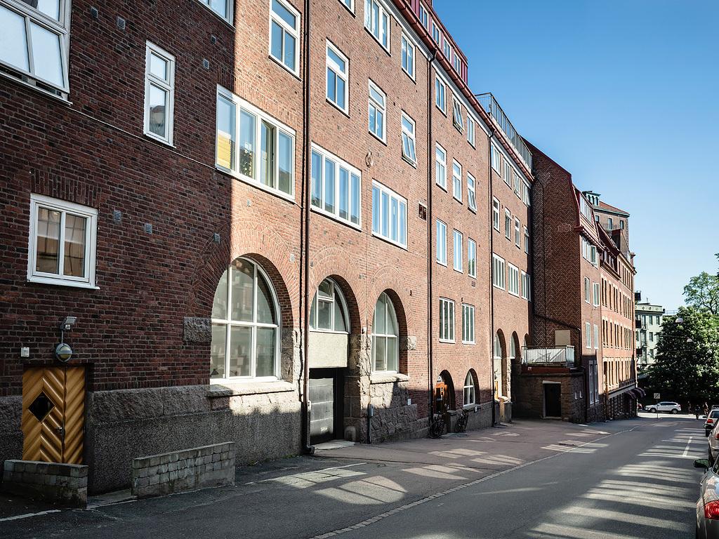 Historyczny budynek po starej fabryce tektury