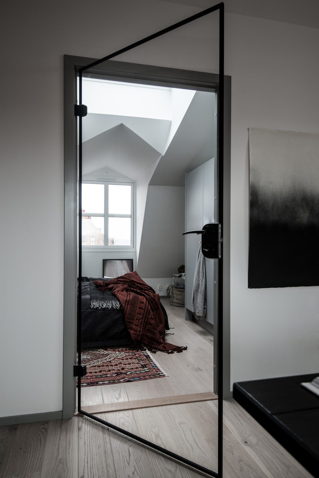 Szklane drzwi do sypialni